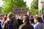 Fra protestene mot politiraidet mot flyktninger i Brorson kirke. Foto. kpnet.dk
