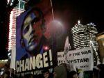 Paroler mot krigen i Afghanistan var godt synlige i motdemonstrasjonen. Foto: Revolusjon.