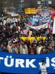 Tyrkiske fagforeninger i protestmarsj 19. mars 2005.